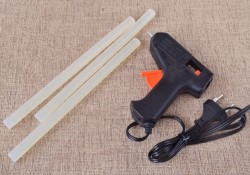 the glue gun for craft and rods